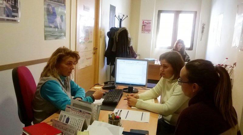 Mujeres de Vegas del Genil aprenderán a buscar trabajo gracias a un programa de inserción laboral