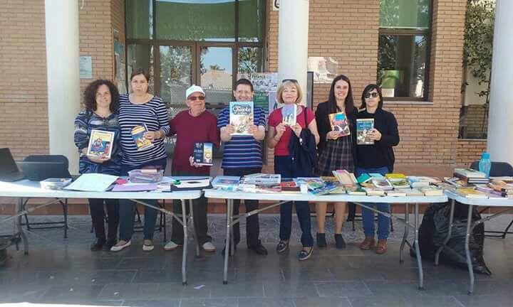 Vegas del Genil reta a sus vecinos a diseñar portadas de libros con motivo del Día de la Lectura