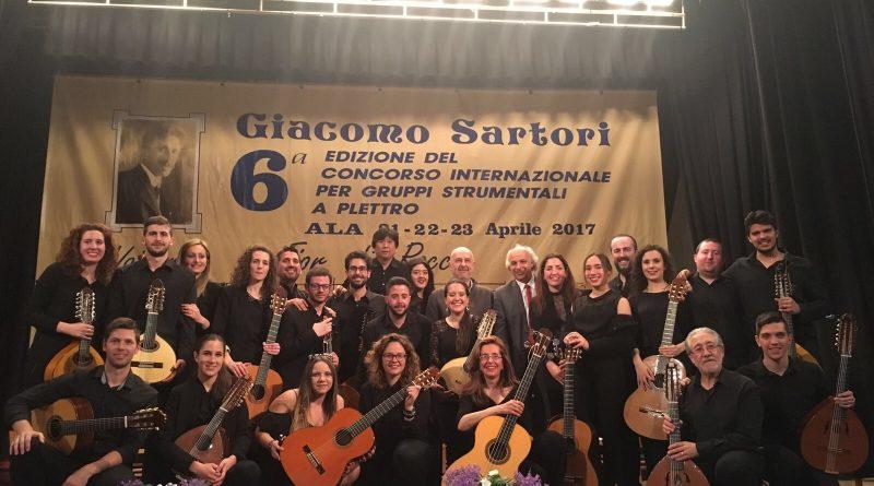 La orquesta 'Torre del Alfiler' de Vegas del Genil gana el festival de plectro más importante de Europa