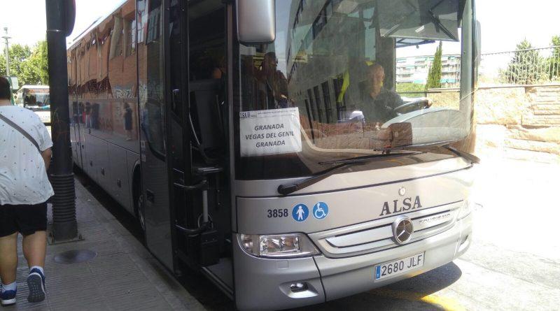 Entra en funcionamiento el autobús directo desde Vegas del Genil a Granada