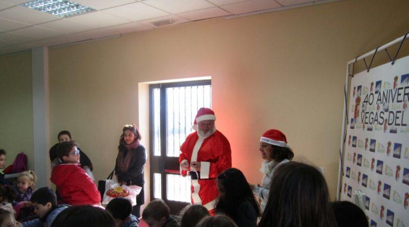 Vegas del Genil pondrá en marcha una Escuela de Navidad para niños cuyos padres trabajen durante las próximas fiestas