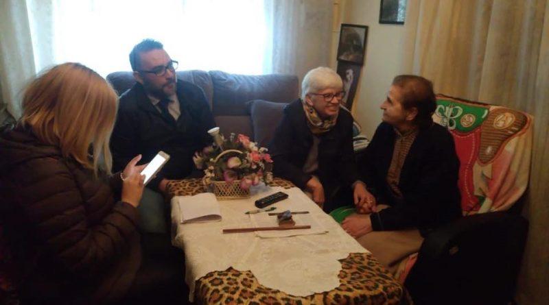 Personas voluntarias acompañan a mayores de Vegas del Genil y recopilarán recetas antiguas en sus casas